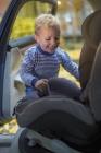 foteliki  samochodowe - Fotelik samochodowy BeSafe iZi Comfort X3 - czarny melange - 01