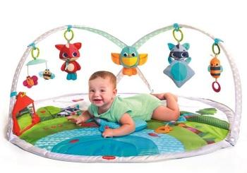 maty edukacyjne - Gimnastyka dla bobasa z pałąkami - Zabawa na łące