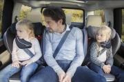 foteliki  samochodowe - Fotelik samochodowy BeSafe iZi Flex FIX i-Size - kość słoniowa - 03